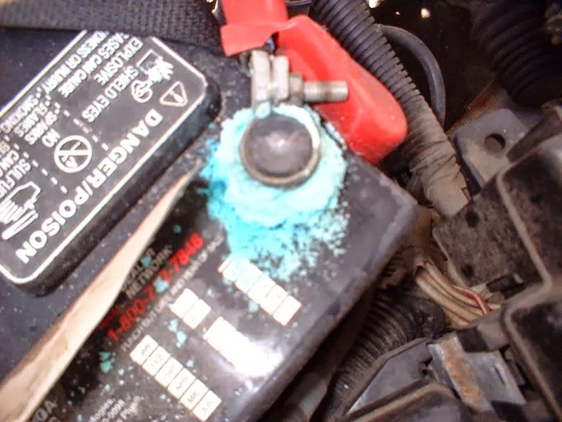 Oxida 231 227 O Nos Terminais Ou No P 243 Los Da Bateria Baterias Com